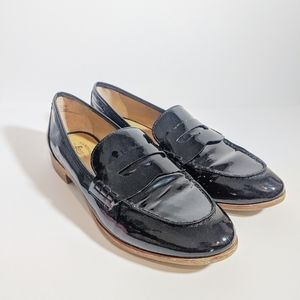 G.H. Bass & Co Whitney Natural Sole black loafers